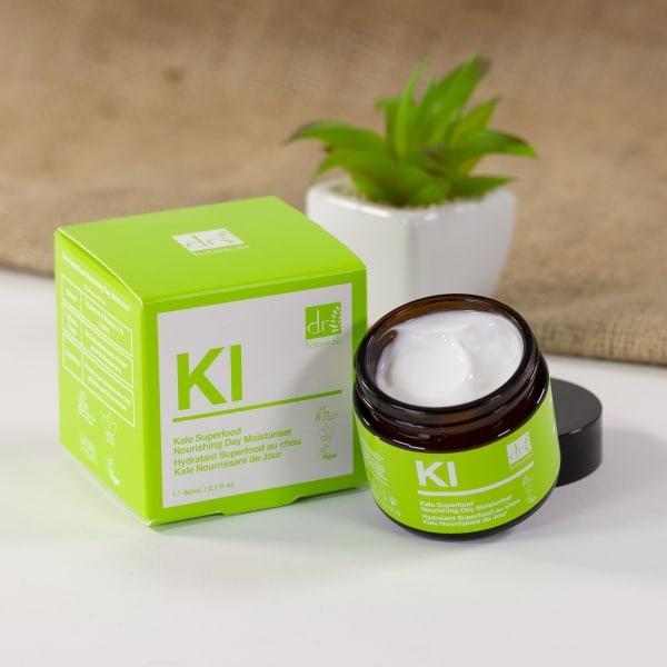 dr-botanicals-apothecary-kale-superfood-nourishing-day-moisturiser-60ml-3